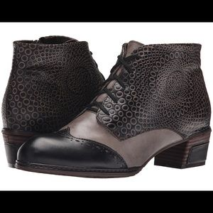 L'Artiste by Spring Step - Women's Granola Boot